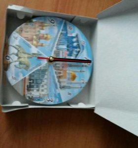 Часы сувенирные новые в упаковке