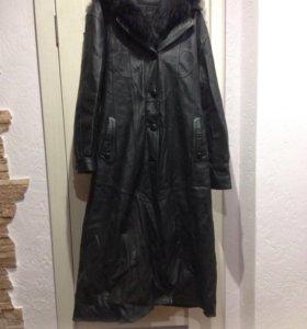Пальто на натуральной кожи