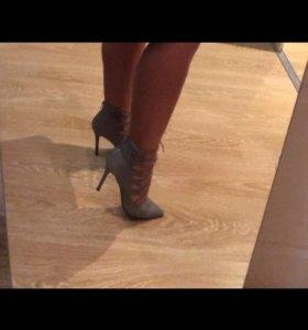 Туфли 37-38 размер в отличном состоянии