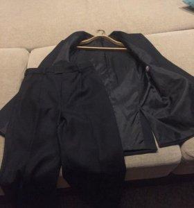 Пиджак+брюки, новые, надевались один раз