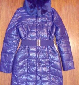 Пальто,холофайбер 40-42 новое.