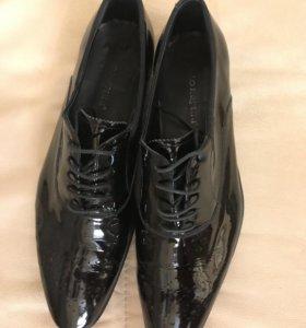 Туфли лаковые Carlo Pazolini