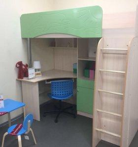 Новый комплект детской комнаты