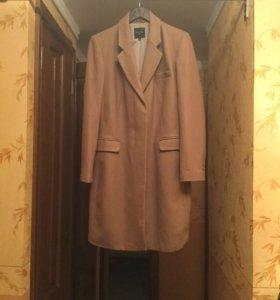 Пальто 50% шерсть 50% полиэстер 48 р-р