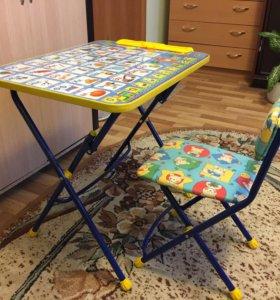 Детский столик для обучения