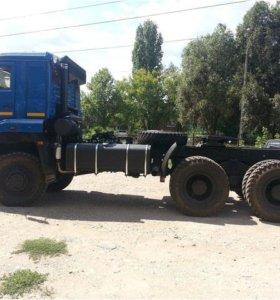 Седельный тягач КАМАЗ-65225-6015-43