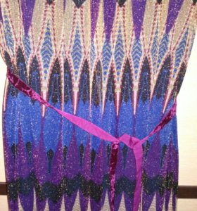 Платье праздничное, р-р 46 -48.