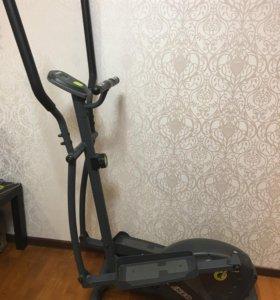 Эллиптический тренажёр Torneo Vento C-208