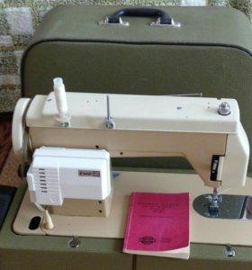 Швейная зигзаг-машинка RADOM