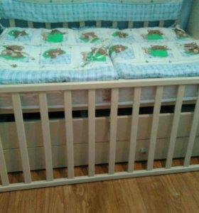 Детская кроватка маятник (торг возможен)