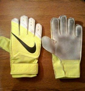 Оригинальные Вратарские перчатки Nike