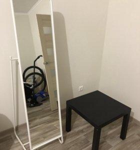 Мебель из Икеа (Зеркало и Стол)