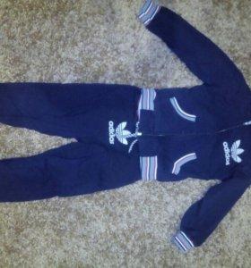 Спортивный костюм детский размер 34