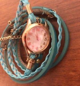 Часы браслет, новые.