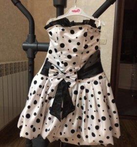 Детское платье в горошек