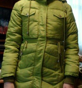 Куртка на девочку .