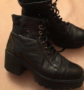 Ботинки 39 размер кожа