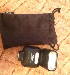 Внешняя фотоспышка Nikon SB-500