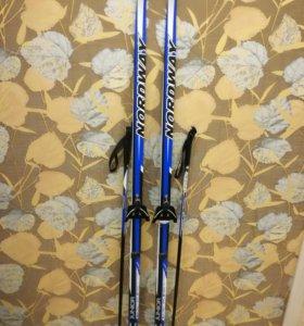 Лыжи, палки и ботинки