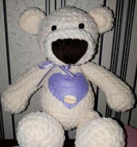 Вязаная игрушка Плюшевый мишка-погремушка