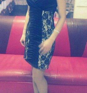 Платье размер 44.