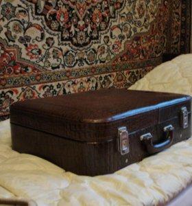 чемодан из натуральной кожи