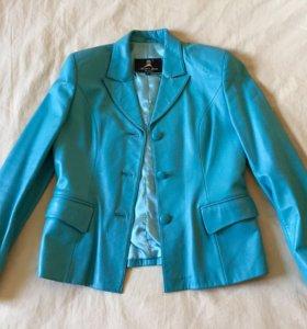 Куртка кожаная р.48