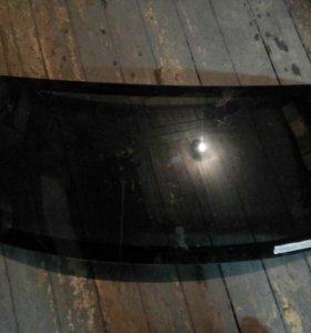 Заднее стекло мазда вериса