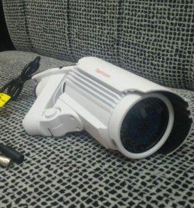 Видеонаблюдение за автомобилем на парковке (2 Мп)