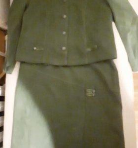 Костюм женский (пиджак + юбка)