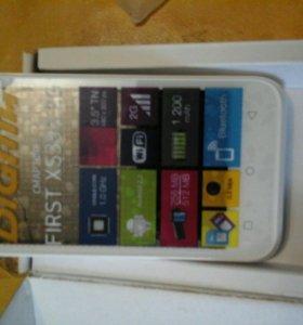 Смартфон FIRST XS350 2G