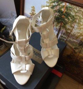 Новые туфли,Нат кожа