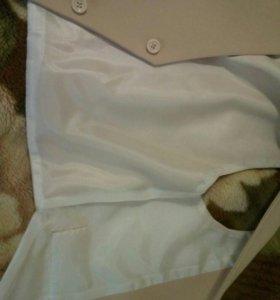 Жилетка и штаны, очень модно смотрится
