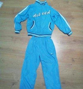 Спортивные костюм детский.