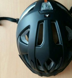 Шлем велосипедный новый.
