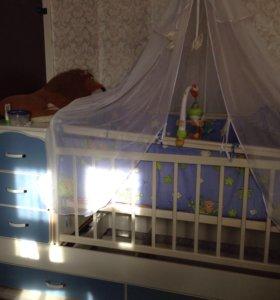 Детская кроватка трансформер с маятником
