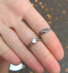 Два серебряныйх кольца 925 пробы