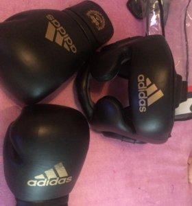 Перчатки боксёрские и шлем ADIDAS