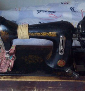 Швейная машина Подольская ручная