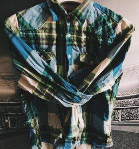 Рубашки в клетку/ джинсовая