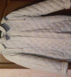 Новая женская зимняя куртка.