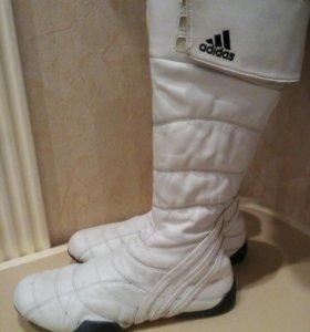 Adidas.Оригинальные белые сапоги