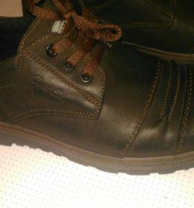 Новые Мужские ботинки 45 р утепленные