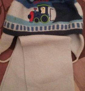 Детская шапка и шарфик.