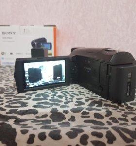 Видеокамера Sony HDR-PJ620 с проектором