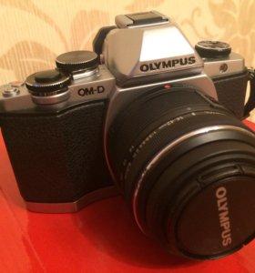 Фотоаппарат OLYMPUS OM-D / E-M10