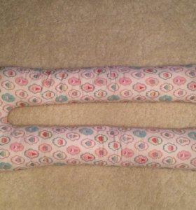 Подушка для беременных и кормящих мам в форме U