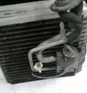 Радиатор кондиционера салонный.