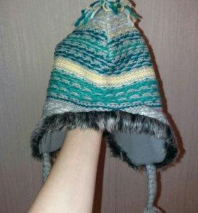 Интересная шапочка на флисе
