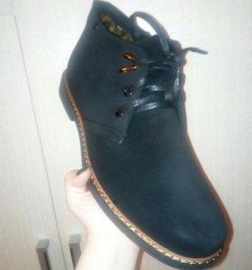 Продам новые мужские зимние ботинки.